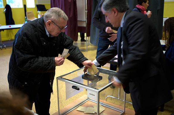 Итоги первого тура президентских выборов во Франции прокомментировали в Кремле