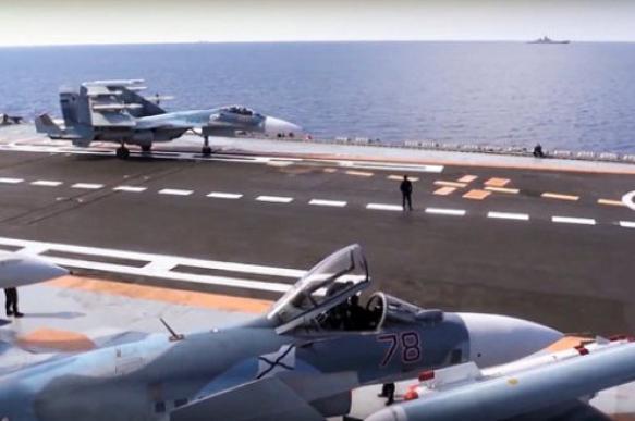 """Названа причина аварии """"Су-33"""" на крейсере """"Адмирал Кузнецов"""""""