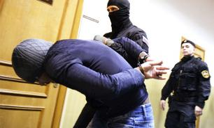В машине предполагаемых убийц Немцова обнаружены биоматериалы