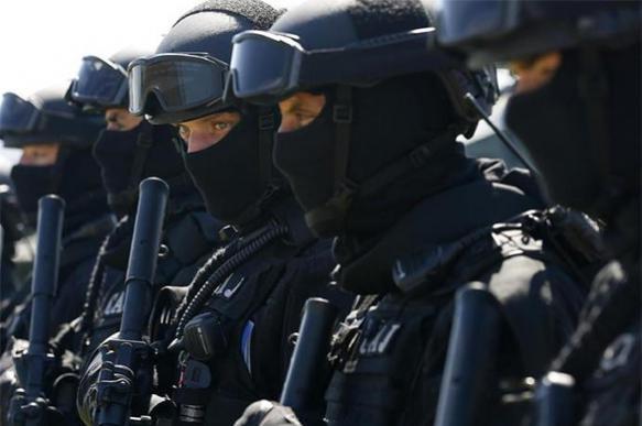 """СМИ Сербии приписали россиянам """"подготовку терактов"""" в Черногории"""