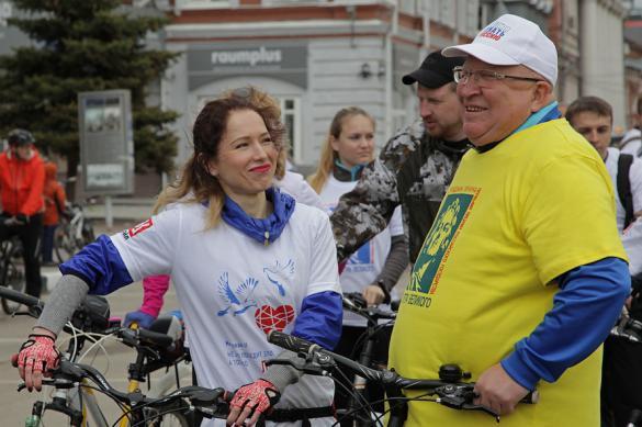 """Свыше тысячи нижегородских велосипедистов проехали """"Дорогой Минина"""""""