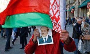 Белорусы митингуют против налога на тунеядство