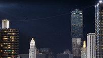 Американский канатоходец Валленда прошел без страховки над Чикаго