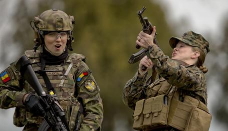 """НАТО: """"Весенний шторм"""" в Черном море"""
