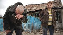 В Донецке, как и на всей территории Донбасса, продолжается уничтожение мирного населения украинской стороной — как боевыми подразделениями  официальных  вооруженных сил, так и незаконными (по международным нормам) карательными батальонами, порой оснащенными на деньги местных олигархов куда лучше, чем ВСУ. Число погибших местных жителей исчисляется уже тысячами даже по данным ОБСЕ, которое какбы  не замечает  большей части жертв…