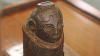 У бога изобилия — женское лицо, коленопреклоненный святой Франциск и отходы древних римлян.