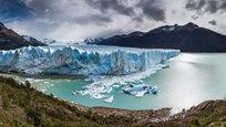 Ошеломляющие виды на ледник, находящийся в аргентинской части Патагонии и расположенный в национальном парке Лос-Гласиарес, что на юго-востоке аргентинской провинции Санта-Крус. Ледник Перито-Морено (Perito Moreno) в переводе с испанского означает  ученый Морено . Это уникальное природное явление создает впечатление, что ледник постоянно растет.