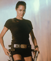 Некоторые актеры и актрисы рискуют здоровьем и жизнью, когда выполняют трюки без каскадеров.