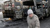 Обстреливать Донецк артиллерия ВСУ продолжала в течение всего дня и до глубокой ночи. Во всех районах города были слышны залпы орудий. Под обстрел попала и Гродовка, здесь ранено пять мирных жителей. Кроме того, был обстрелян населенный пункт Брянка, что в Луганской области.
