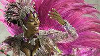 Для большинства зрителей и туристов бразильский карнавал — это незабываемое и красочное зрелище. А для большинства его участников и участниц — самое настоящее соревнование по спортивным танцам, ну и, конечно, чей наряд красивее.