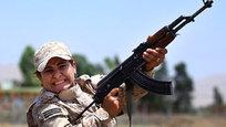 К борьбе с так называемым Исламским государством США привлекают сейчас даже бывших врагов, а также вооруженные формирования с самой разной, в том числе и крайне полярной мотивацией. Америка пытается погасить пожар, который сама же когда-то разжигала...