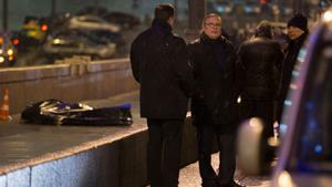 В Москве на Москворецком мосту четырьмя выстрелами в упорубит бывший губернатор Нижегородской области, бывший вице-премьер, а впоследствии один из лидеров оппозиции Борис Немцов.