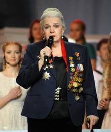 В Советском Союзе актеров боготворили. Но только настоящим звездам доставались роли героев Великой Отечественной. Мало кто знает, что многие из этих  счастливчиков  на самом деле были участниками этой справедливой, но страшной войны.