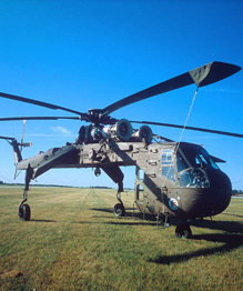 Отцом американского вертолетостроения по праву считается русский авиаконструктор, ученый и изобретатель Игорь Иванович Сикорский.