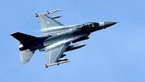 НАТО бряцает оружием прямо у границ России
