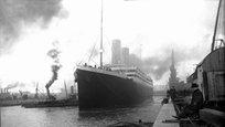 В ночь с 14 на 15 апреля 1912 года во время своего первого рейса в Северной Атлантике затонул, столкнувшись с айсбергом, британский трансатлантический пароход  Титаник .