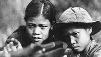 30 апреля 1975 года вьетнамские коммунисты подняли победное знамя над Дворцом независимости в Сайгоне — война закончилась позорным поражением имперской политики США. К сожалению, слишком много совпадений с сегодняшними военными столкновениями, которые породили нынешние обитатели вашингтонского Белого дома.