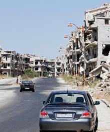 Уничтожение гуманитарного конвоя в Алеппо вызвало шок на Западе и в арабском мире.ООН назвала случившееся  атакой на человечество .