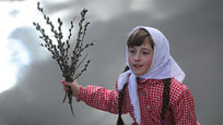 Православные христиане отметили один из 12 главных церковных праздников - Вход Господень в Иерусалим. В народе праздник называют Вербное воскресение.