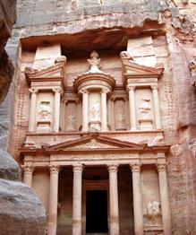 Иордания. Здесь буквально каждый камень дышит историей.