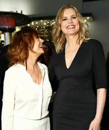 Голливуд: Высокий рост актрисам не помеха