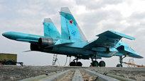 Фронтовой бомбардировщик Су-34, созданный на основе платформы истребителя Су-27, должен сменить в составе ВВС России фронтовой бомбардировщик Су-24 и, частично, дальний бомбардировщик Ту-22М. Су-34, будучи самым современным среди своих одноклассников, обладает превосходными ТТХ, обеспечивающими ему преимущество по целому ряду параметров.