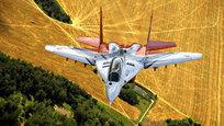 Военно-воздушным силам России сегодня исполняется 102 года.  Военные летчики — честь и гордость нашей Родины, достоинство и честь Вооруженных сил , — сказал накануне праздника главнокомандующий ВВС РФ генерал-полковник Виктор Бондарев.