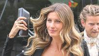 Американский журнал Forbes опубликовал рейтинг самых высокооплачиваемых моделей мира. На каком месте и кто из россиянок попал в последний список богатых красоток?