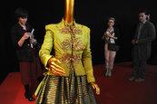 Слава российской моды  - это первая выставка-ретроспектива Славы Зайцева, посвященная 30-летию его Дома Моды SlavaZaitsev и 50-летию творческой деятельности.