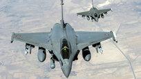 Этот Рафаэль не имеет никакого отношения к Рафаэлю Санти, великому итальянскому живописцу, или к Мигелю Рафаэлю Мартосу Санчесу, знаменитому испанскому певцу. Потому что это французский многоцелевой истребитель четвертого поколения, разработанный французской компанией Dassault Aviation, который должен в XXI веке стать основой ВВС Франции. Программа по его созданию началась с полетов демонстрационного самолета  Рафаль-А  ( Rafale , или  Шквал  по российской классификации), впервые поднявшегося в воздух еще 4 июля 1986 года.