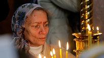 Эксперты ОБСЕ заявляют о массовых захоронениях под Донецком — в настоящее время более 400 неопознанных тел находятся в моргах города.