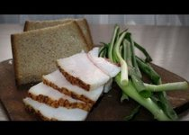 Сало, чеснок и хлеб для полёта