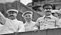 Школьников вернули в сталинские времена