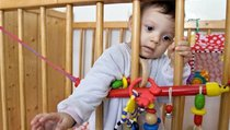 Изъятие детей — вмешательство в семью или предотвращение преступления?