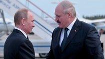 """Лукашенко отказался быть """"мальчиком на побегушках"""" у Кремля"""