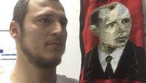 Европейские фанаты отказываются принимать футболиста-бандеровца