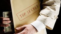 Разведка США тратит миллиарды на слежку за Россией