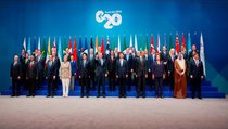Топ-10 мировых лидеров: угадай, кто первый