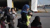 Почему «понаехавшая» Франция новых беженцев не ждет