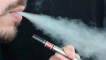 Борьба с курением стала борьбой с курильщиками?