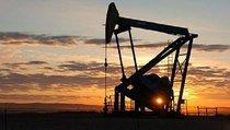 Кто обрушил цены на нефть?