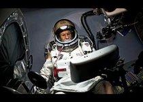 Считаные часы до прыжка из космоса