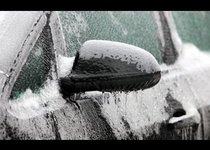 Ледяной дождь в Москве: советы по выживанию