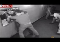 Пьяные посетители напали на охрану клуба в Москве