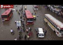 Наводнение в Индии: 40 тысяч беженцев
