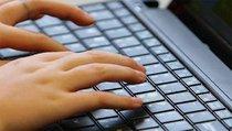Депутат Госдумы: Воевать с поисковиками из-за новостей никто не собирается