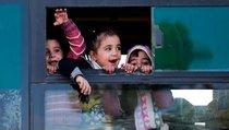 Россия готовит подарки детям Сирии на Рождество